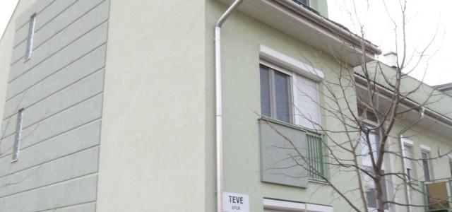 Szegedi Társasházi lakás penészesedés okainak kivizsgálása a Szegedi Törvényszék kirendelése alapján, termovizíós mérésekkel